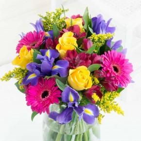 Graži gėlių puoktė